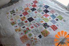 Piece N Quilt: Happy-Go Lucky Quilt #quilt #machinequilting #modafabrics