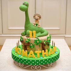 Salmon and mozzarella cake - Clean Eating Snacks Dinasour Birthday Cake, Dinasour Cake, Baby Birthday Cakes, Dinosaur Birthday Party, The Good Dinosaur Cake, Dino Cake, Bolo T Rex, Arlo Und Spot, Bolo Fack