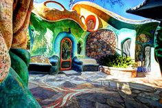 flying concrete house the colors! Maison Earthship, Earthship Home, Sustainable Architecture, Amazing Architecture, Architecture Design, Residential Architecture, Contemporary Architecture, Pavilion Architecture, Unusual Homes