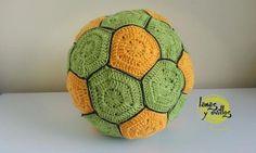 Balón de Fútbol a Crochet - Patrón Gratis en Español y con Videotutorial