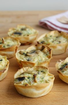 Mini Quiches, Wonton Appetizers, Appetizer Recipes, Rough Puff Pastry, Quiche Lorraine, Xmas Food, Tasty Bites, Breakfast For Kids, Veggie Recipes