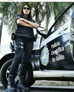 Military Women, Women Police, Gi Jane, Female Police Officers, Female Cop, Self Defense Women, Outdoor Girls, Police Uniforms, Armada