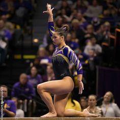 Sarah Finnegan! 👍😋😋😋😋 Lsu Gymnastics, Gymnastics Images, Gymnastics Posters, Artistic Gymnastics, Gymnastics Leotards, Ballet Leotards For Girls, Dance Leotards, Olympic Swimmers, Female Gymnast