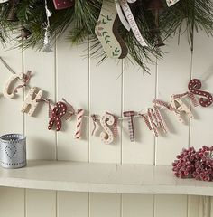 30+ Breathtaking Shabby Chic Christmas Decorating Ideas – All About Christmas