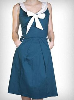 It's simple and cute and why can't I find vaguely vintage dresses like this in a store for less then 200$?!