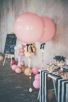 Tasseled Giant Baloons