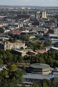 There's just something about Bloemfontein SA. Spent many happy days in the city conducting Customer Service Training. The people of Bloemfontein are awesome :) Places To Travel, Places To See, African Image, Free State, City Aesthetic, Famous Places, Live, Landscape Photography, South Africa
