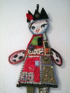 Quilty Art Doll por Phizzychick en Etsy