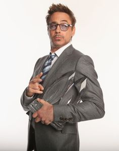Robert Downey Jr. at event of The 39th Annual People's Choice Awards (2013)