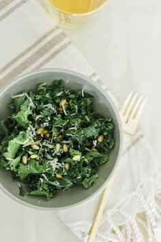 5 Ways To Incorporate Kale Into Your Diet | theglitterguide.com