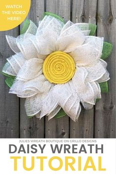 Handmade spring burlap daisy wreath. Full step by step tutorial by Julies Wreath Boutique / Grillo Designs www.grillo-designs.com
