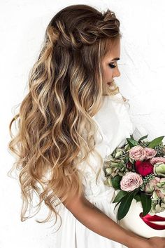wedding hairstyles down haalf up twisted long hair dyadkinaira #weddinghairstyles