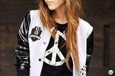 http://fashioncoolture.com.br/2013/03/15/look-du-jour-team-labellamafia/
