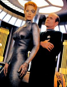 Seven of Nine and The Doctor. Star Trek Voyager
