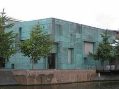 Het Oosten, Pavilion, Amsterdam.    Designed by Steven Holl.