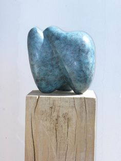 'melliflous' Stunning #bronzesculpture by #chriswebb also featured at the Chelsea Flower Show