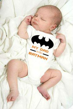 My Dad is the Batman Baby Onesie / Batman Bodysuit / Batman Clothing / Batman Baby Shower Gift / Batman Shirt / Newborn Boy / Newborn Girl