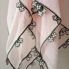 Çok Sipariş Verilen Tığ İşi Oya Modelleri Crochet Vest Pattern, Baby Knitting Patterns, Crochet Lace, Hand Applique, Hand Embroidery, Lace Design, Crochet Clothes, Models, Needle Lace