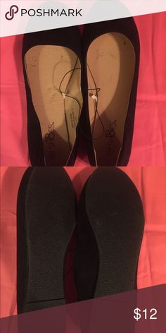 NWOT black flats Very simple flats. Never worn. Run a little small. Shoes Flats & Loafers
