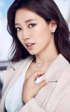 Park Shin Hye, Korean Actresses, Korean Actors, Korean Beauty, Asian Beauty, Good Looking Women, Gwangju, Korean Celebrities, Beautiful Asian Women