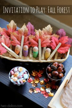 This simple invitation to play using loose parts is the perfect way to welcome fall temperatures. Great for pretend play, fine motor, language development, and learning about the seasons,
