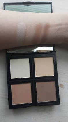 Our new contour palette (just $6!) #elfcosmetics #playbeautifully #contour