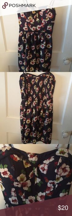 Floral dress American eagle floral dress. Worn once! Perfect condition American Eagle Outfitters Dresses Mini