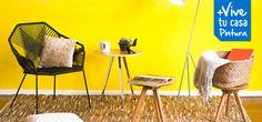 Si buscas un cambio que llene de luz y energía tu living y comedor, atrévete a pintar con los colores que marcarán la tendencia esta temporada: cálidos combinados con tonos neutros. Los resultados serán fascinantes. Bar Stools, Table, Furniture, Home Decor, Neutral Tones, Dining Rooms, Live, Trends, Home