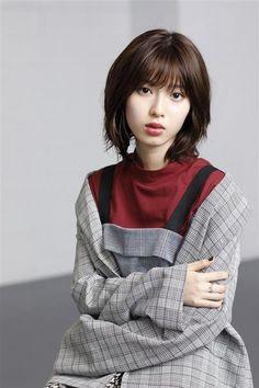 Girls Image, Actress Photos, Martial Arts, Asian Beauty, Cute Girls, Idol, Kawaii, Hairstyle, Actresses
