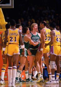 Basketball Legends, Football And Basketball, Nba Fights, Thunder Nba, Nba Stephen Curry, Bill Russell, Kareem Abdul Jabbar, Nba Chicago Bulls, Basketball Pictures