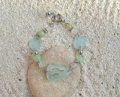 Hey, I found this really awesome Etsy listing at https://www.etsy.com/listing/241742162/sea-glass-bracelet-sea-glass-jewelry