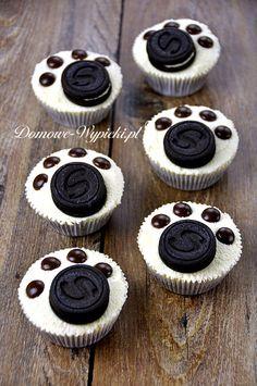 Babeczki łapki in 2020 Mini Muffins, Mini Cupcakes, Oreo, Beverages, Drinks, Tropical, Candy, Baking, Recipes
