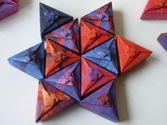 Schachtelmodell von Tomoko Fuse, gefaltet mit Papier von kefro. Schöner Kaleidoskopeffekt