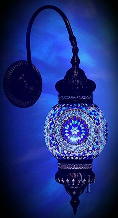 Sueños compartidos : Lamparas con pinceladas de azul