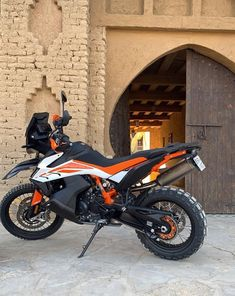 Getting packed for Morocco and it looks like KTM USA has the 790 ready to go. Definitely looking forward to this trip. Motorcycle Types, Motorcycle Gear, Off Road Moto, Ktm Adventure, Rally Raid, Four Wheelers, Camping Supplies, Cool Motorcycles, Bike Stuff