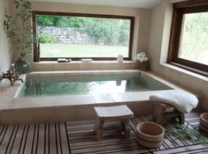 love this huge tub and the big windows - so relaxing!