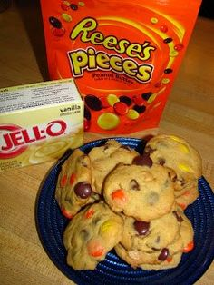 ~**Reese's Peanut Butter Chocolate Pudding Cookies**~  Makes 70-80 cookies!    Ingredients:    2 1/4 cup all purpose flour  1 teaspoon baking soda  1/2 teaspoon salt  1 (3.4 ounce) box instant vanilla pudding  3/4 cup unsalted butter, softened  1/2 cup creamy peanut butter  1/2 cup sugar  1/2 cup light brown sugar  2 large eggs  1 teaspoon vanilla extract  1 tablespoon honey  1 cup milk chocolate chips  1 cup Reese's Pieces candy  1 cup peanut butter chips (Directions in comments)