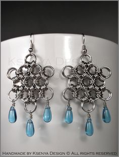 Lilly - unique chainmaille earrings. #jewelry #ksenyajewelry #earrings #chainmaille #wirejewelry #blue