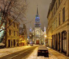 Rue Bonsecours dans le vieux Montreal