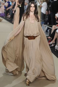 Paris Couture Trend: Metallics (Stéphane Rolland Fall Couture 2012)