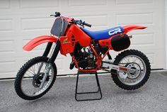 1984 CR Second bike I ever owned Honda Dirt Bike, Honda Bikes, Dirt Biking, Honda Motorcycles, Cars And Motorcycles, Mx Bikes, Motocross Bikes, Vintage Motocross, Off Road Bikes
