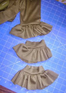 Attach Ruffles to StoreBought Leggings | Ruffles in the Round