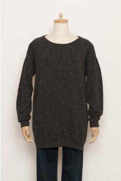 Sweatshirt / $2,150