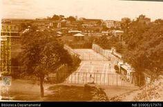 ERICH BART. Club de tenis, fecha por identificar. SANTIAGO DE CALI: Biblioteca Departamental Jorge Garces Borrero, 1900. 8.5 X 13