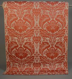 290 LARGE BOLT HOME FURNISHING FABRIC, 20th C DDCF. Silk brocade in salmon on cream with Renaissance style oversize floral. 30+ yards x 50 inches wide. Pristine. $172.50
