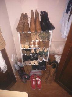 Necesito un lugar mas grande aun me faltan zapatos por ordenar