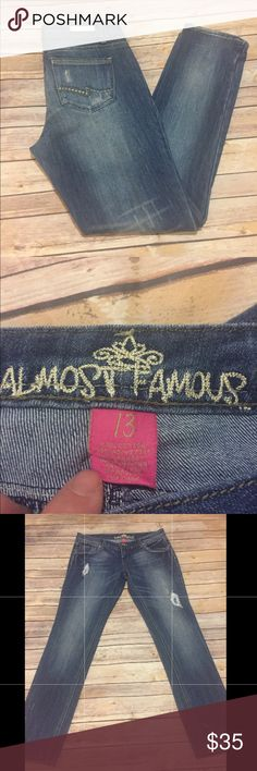 Almost Famous jeans Almost Famous jeans super cute , great condition Almost Famous Jeans