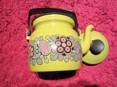 Luv <3 Sunglasses Case, Mugs, Tableware, Dinnerware, Tumblers, Tablewares, Mug, Dishes, Place Settings