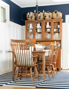 Fall Dining Room Decor 2017 - It All Started With Paint Diy Home Decor, Room Decor, Farmhouse Kitchen Decor, Fall Diy, Home Decor Inspiration, Home Projects, Fall Decor, Dining Room, Paint