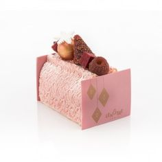 Bûche Rubis Lenotre, Food To Make, Tart, Toddler Bed, Deserts, Sweets, Gaston, Pastries, Inspiration